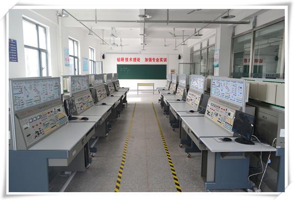 遵守实验室各项规章制度和操作规程注意安全.